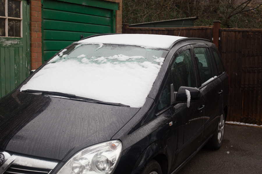 Early snow on the car