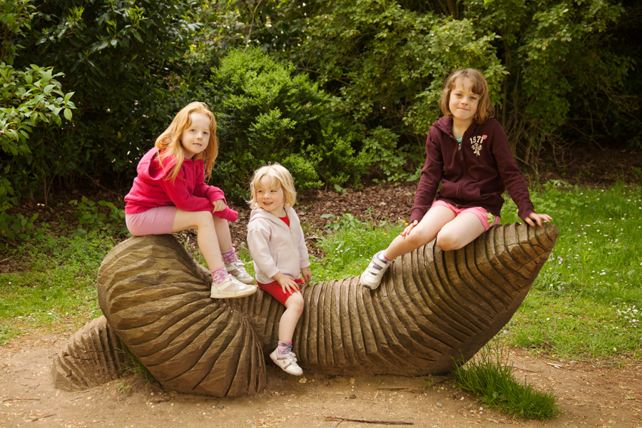 The girls on a giant worm